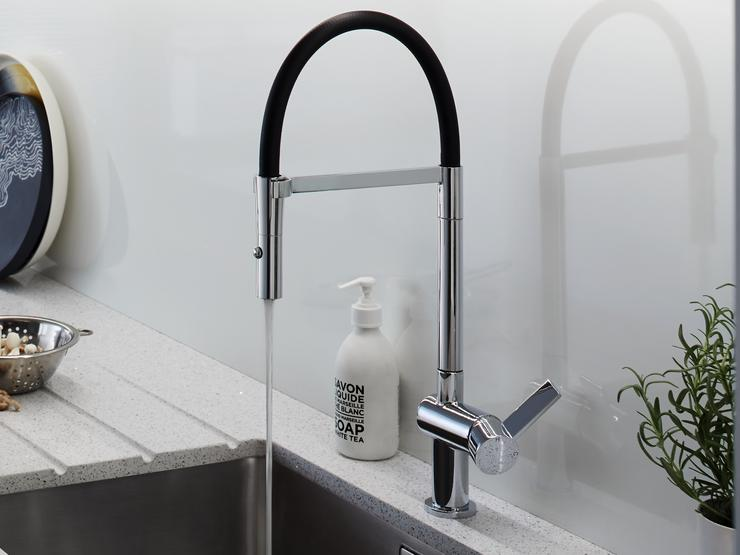 Balham Grey Sink and Black Tap Zoom