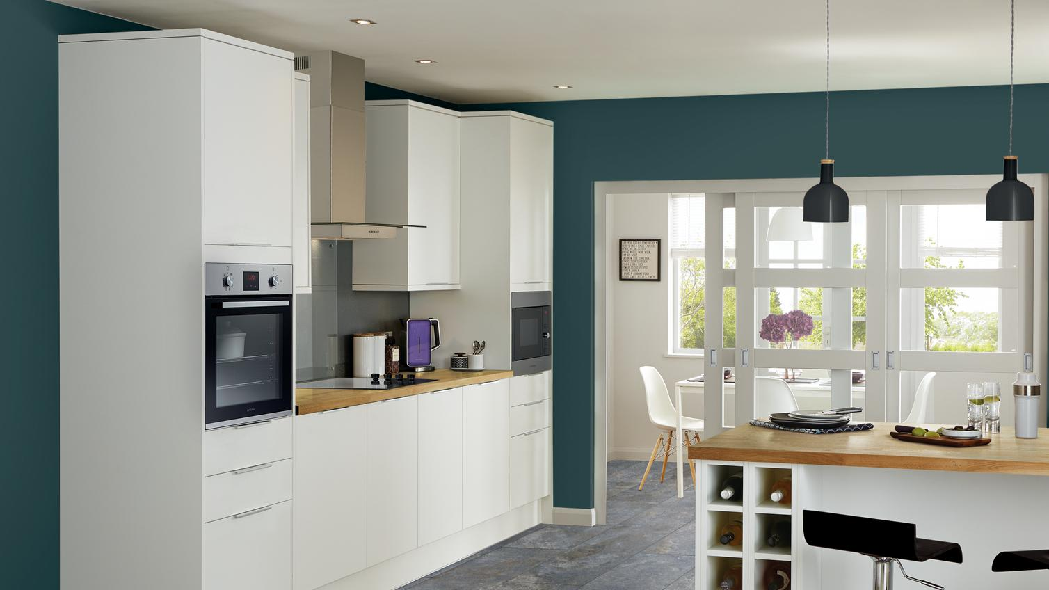 Greenwich White Kitchen Fitted Kitchens Howdens