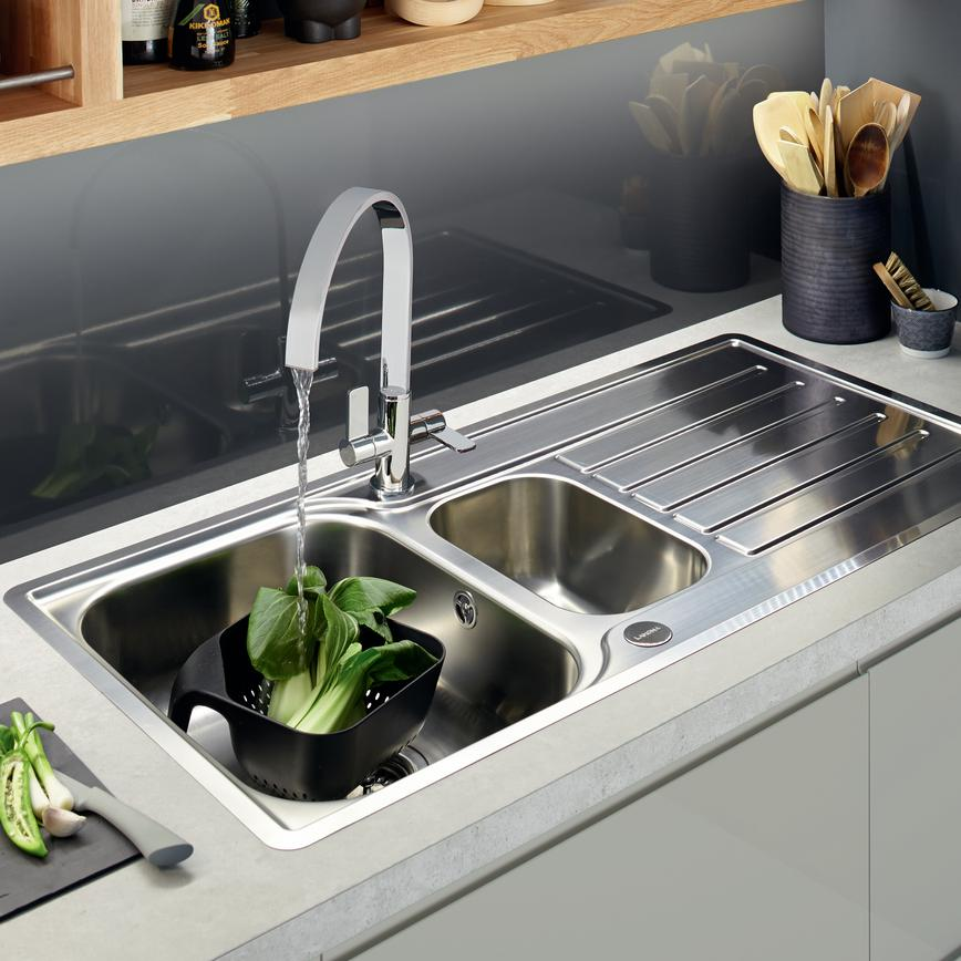 Clerkenwell Gloss Grey Sink Tap 2 RT1