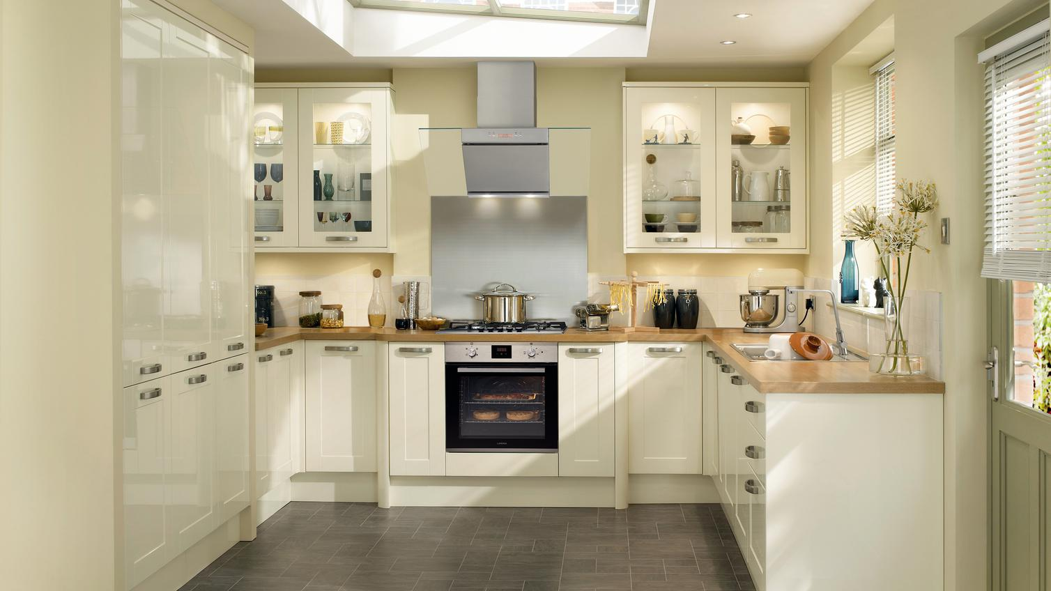 U Shaped Kitchens Ideas To Inspire You Howdens