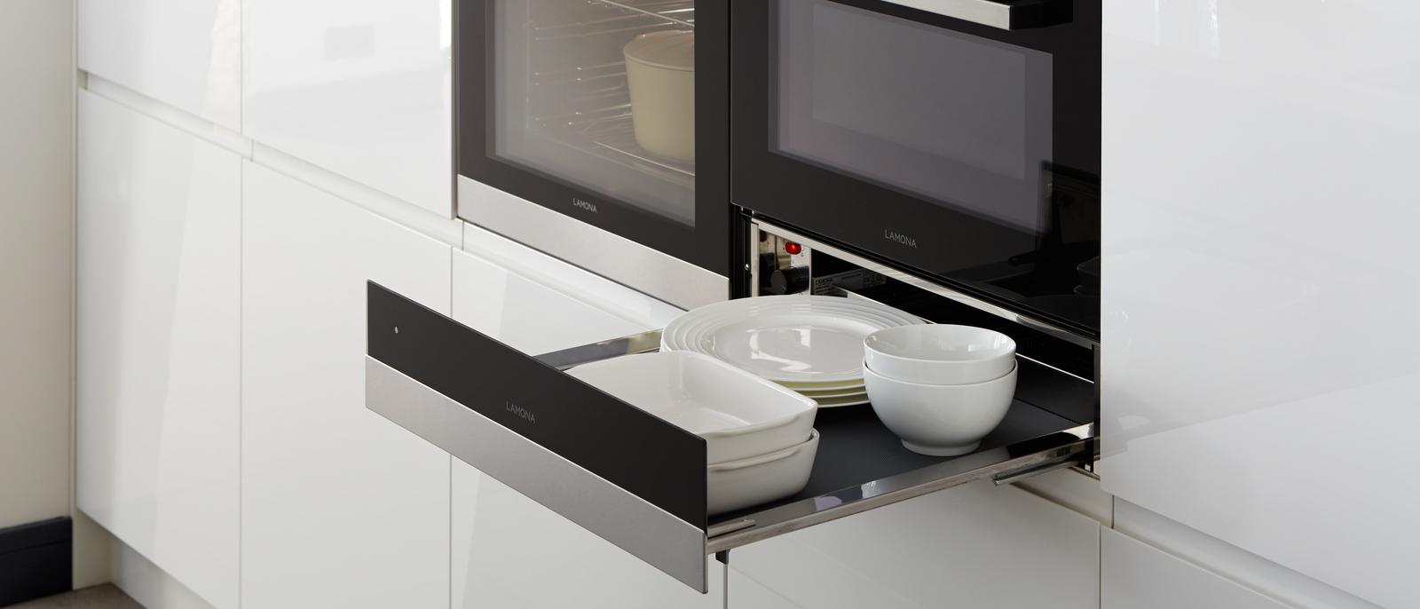 Gloss White Integrated Handle mixed with Gloss Graphite Integrated Handle Lamona Warming Drawer