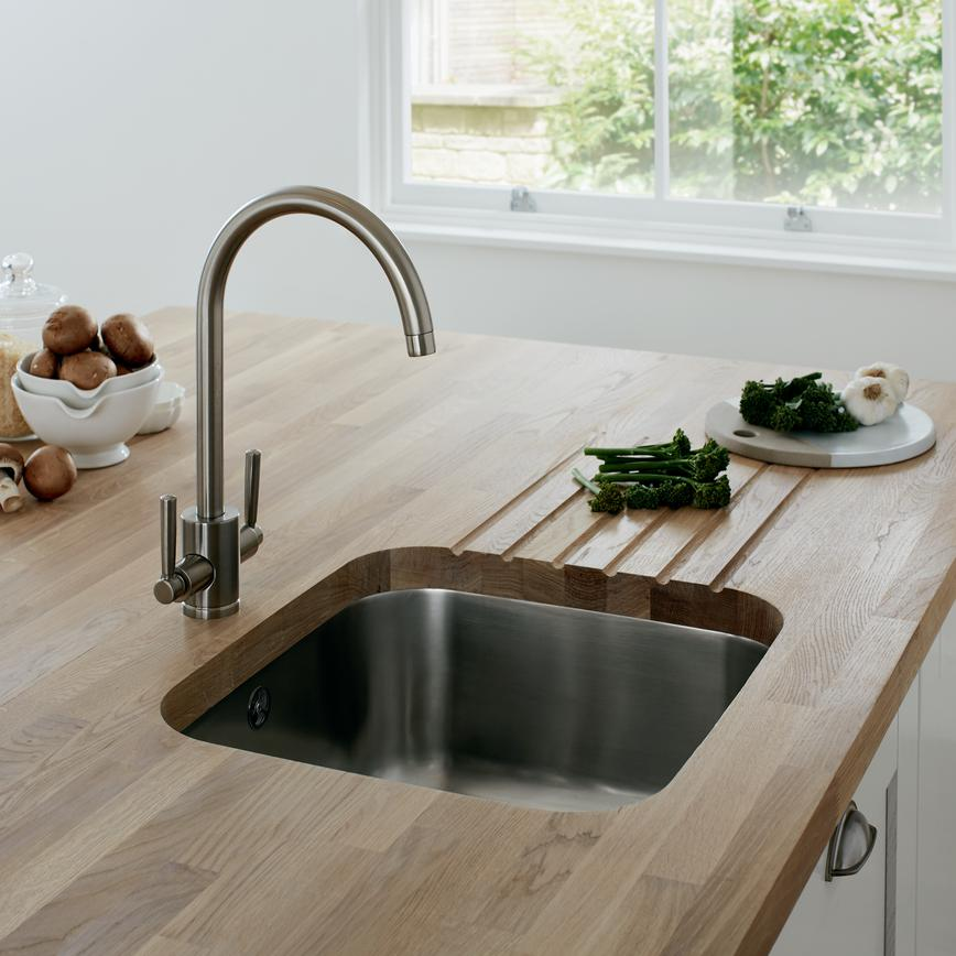 Kitchen Sinks and Taps   Kitchens   Howdens