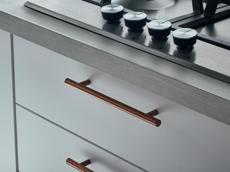 GREENWICH-MATT-WHITE-TBAR_HANDLE-09