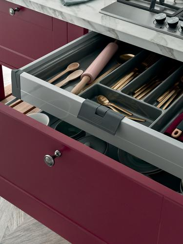 BURFORD_PAINTABLE-NP_DETAIL-CUTLERY_DRAWER-01-[22H1]_RT1