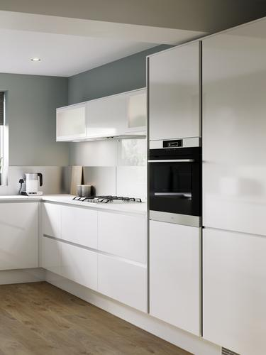 Balham Gloss White Main Set Shot