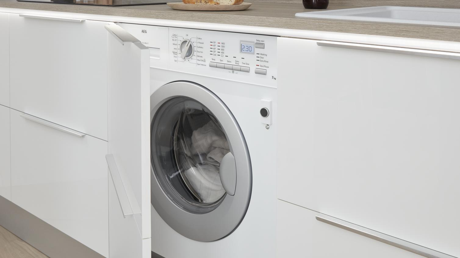 Create A Practical Laundry Or Utility Room Howdens