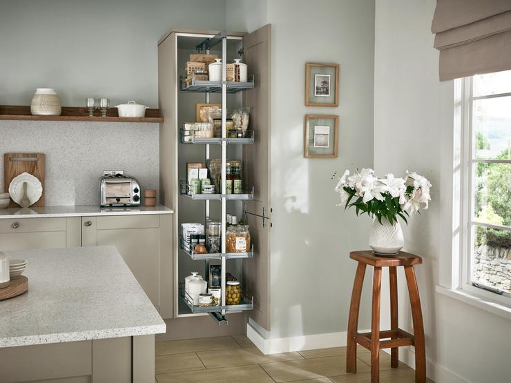 FAIRFORD-SAGE_GREEN-DETAIL-LARDER_UNIT-[07]-01_RT1