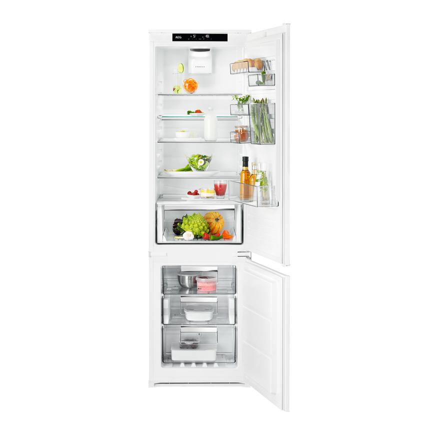AEG SCK819E5TS Integrated 70/30 White Fridge Freezer