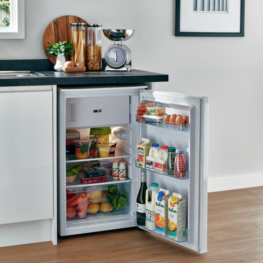 Kitchen Worktops Freestanding: Beko Freestanding Under-Counter Fridge With Ice Box