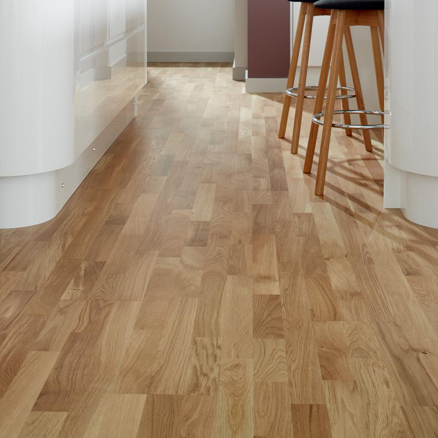 Howdens Fast Fit Pre Finished Oak 3 Strip Real Wood