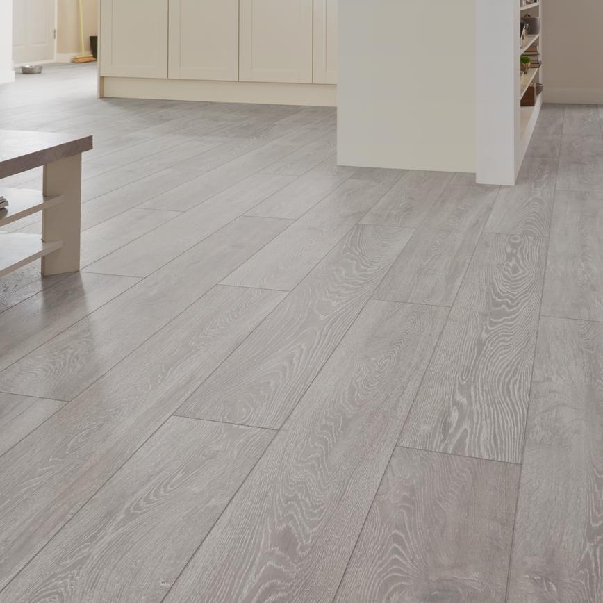 Howdens Professional Fast Fit V Groove Light Grey Oak Flooring 2 22sq M