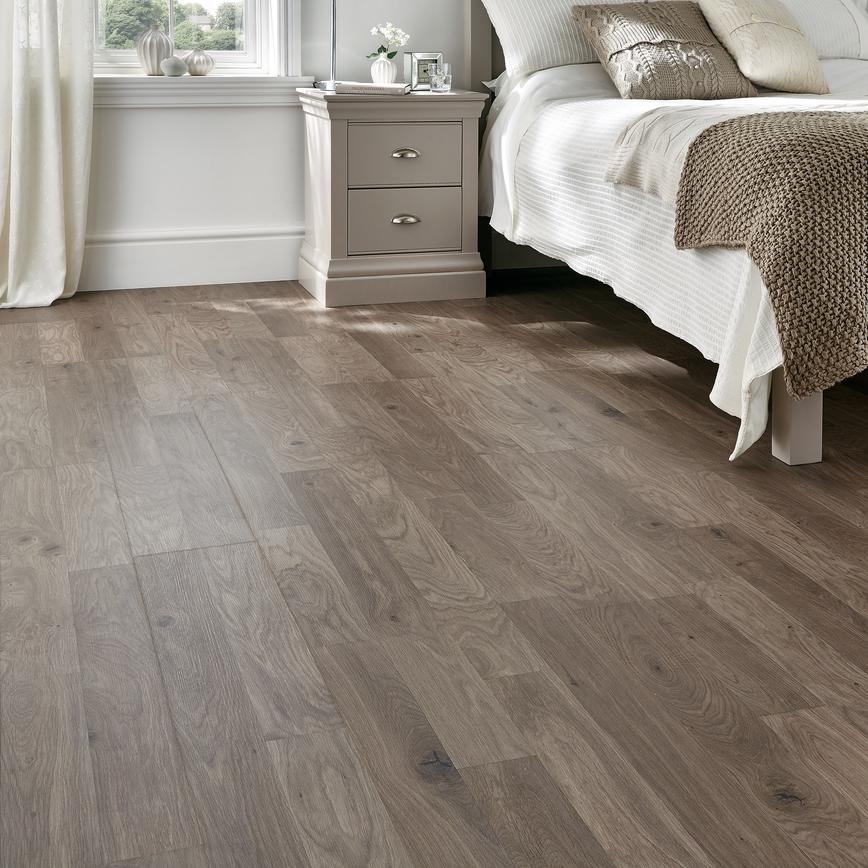 Howdens Professional Dark Grey Oak Flooring 2 22sq M Howdens