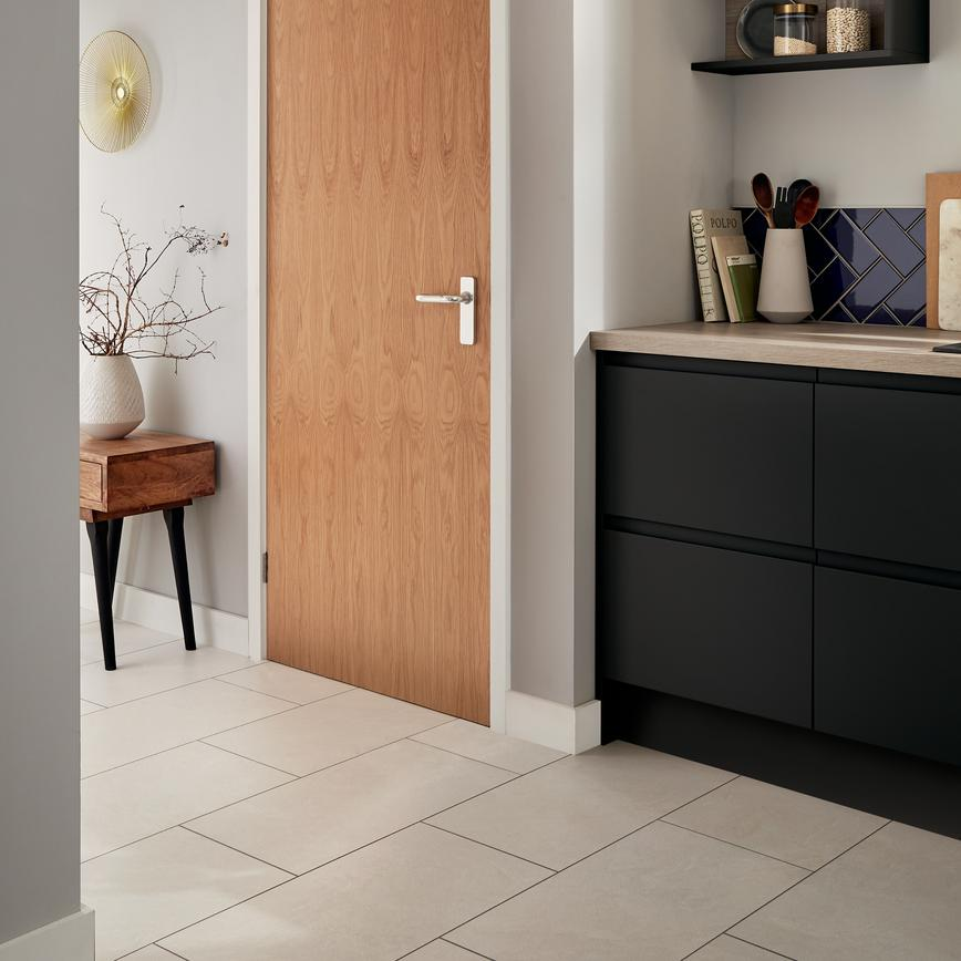 Chamfered mdf skirting howdens joinery
