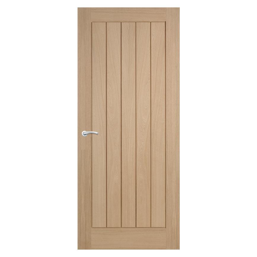 Oak veneered Howdens Internal doors Used in reasonable condition.