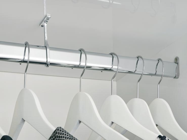 Chrome Oval Hanging Rail