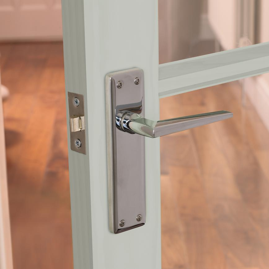 Lugano Chrome Latch Handle