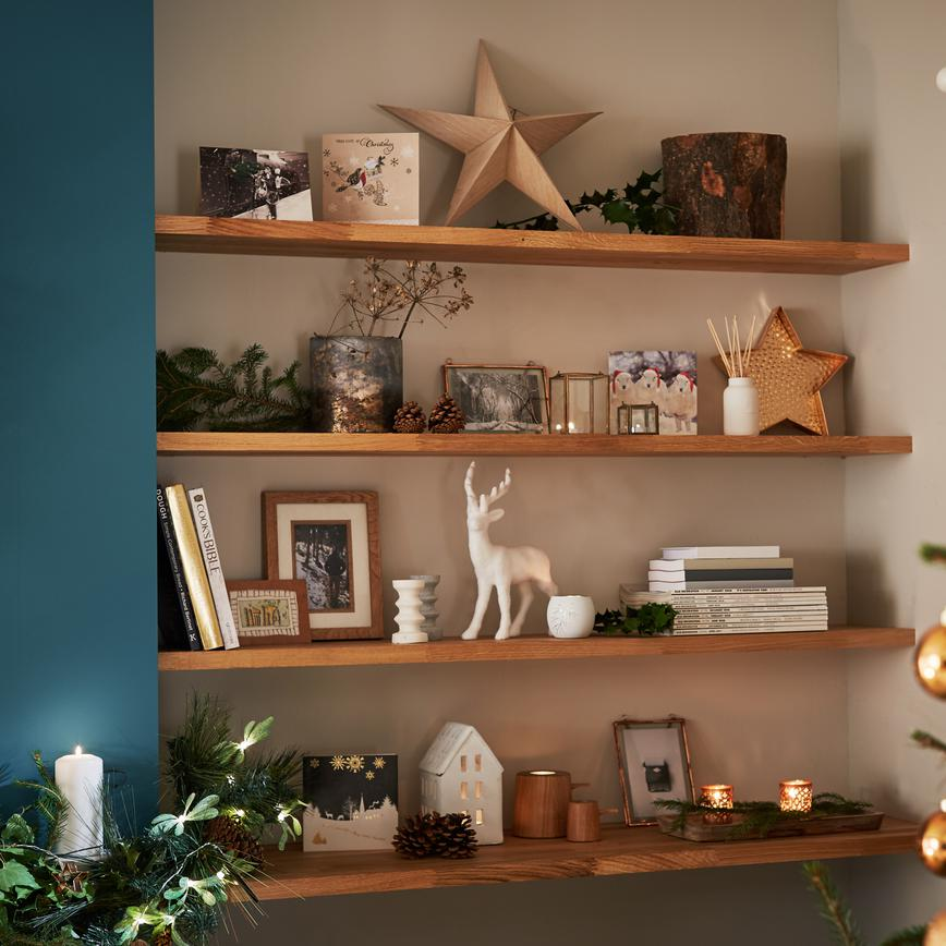 Open shelving decorations 2