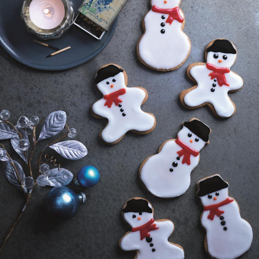 Gingerbread snowmen 1