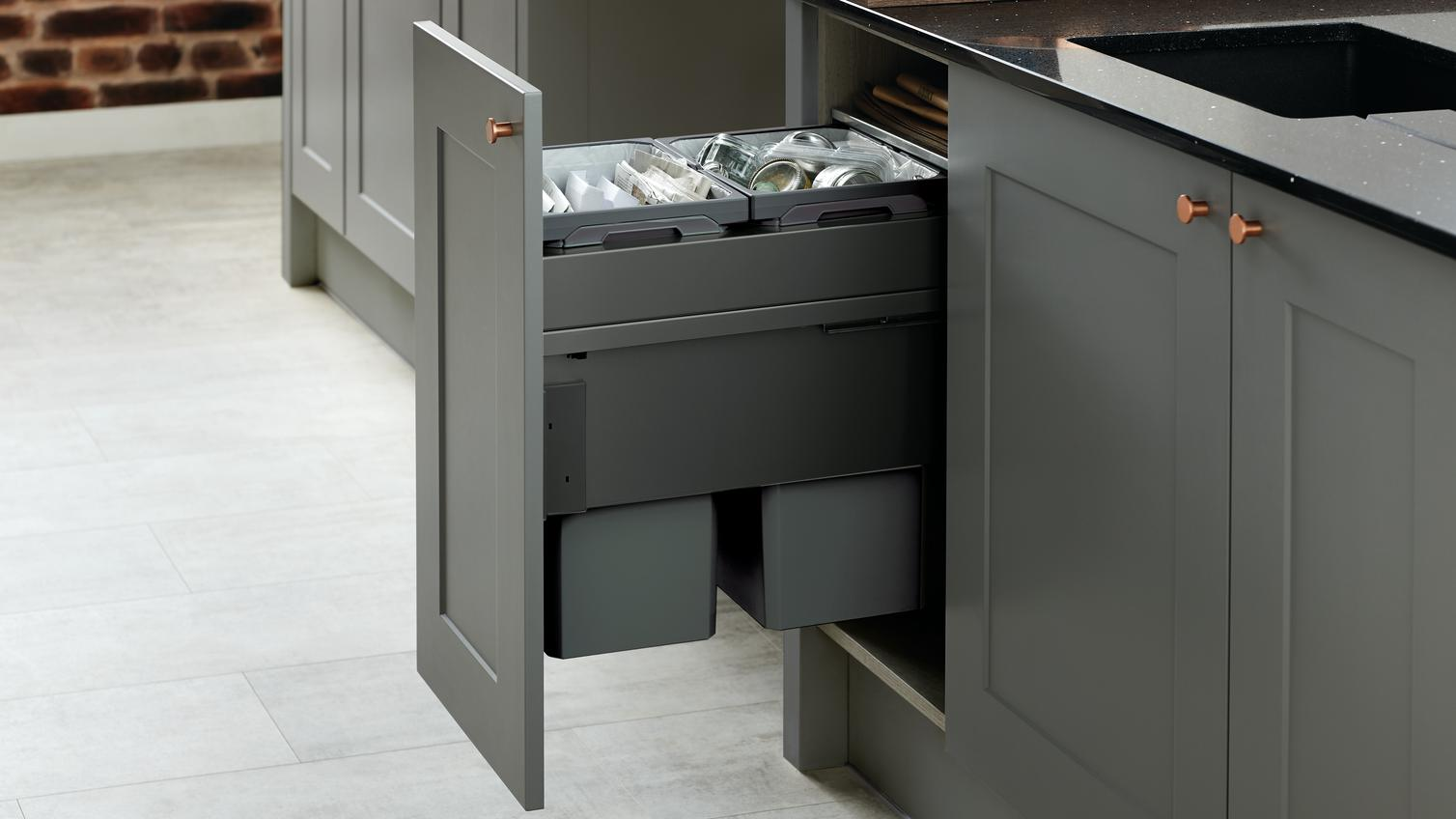 46l Integrated Recycling Bin Howdens