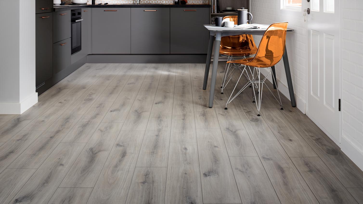 Laminate flooring wood effect flooring howdens